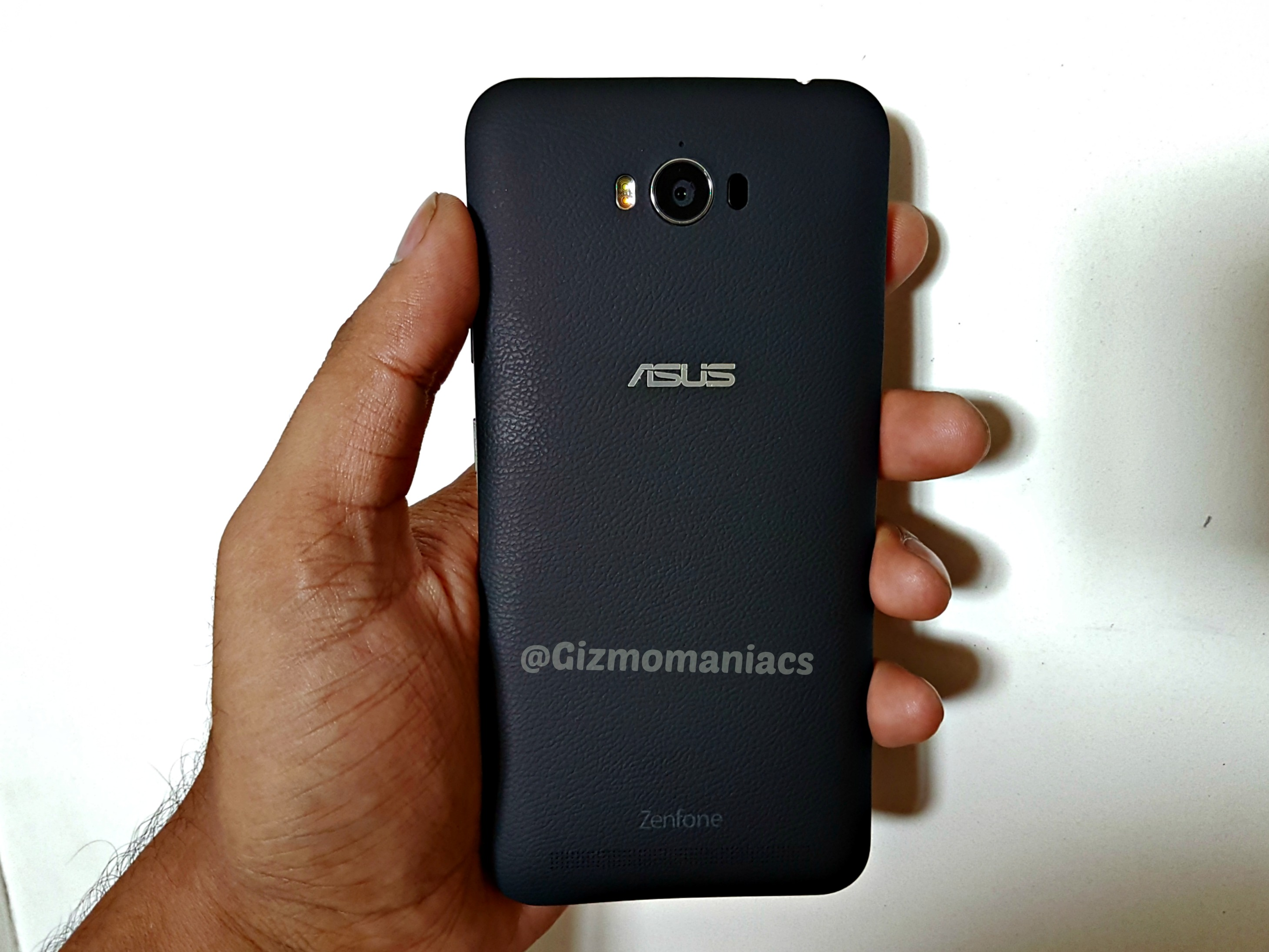 innovative design 15a75 a30c1 Asus Zenfone Max (Z010D) with Octa core processor and Android 6.0 ...