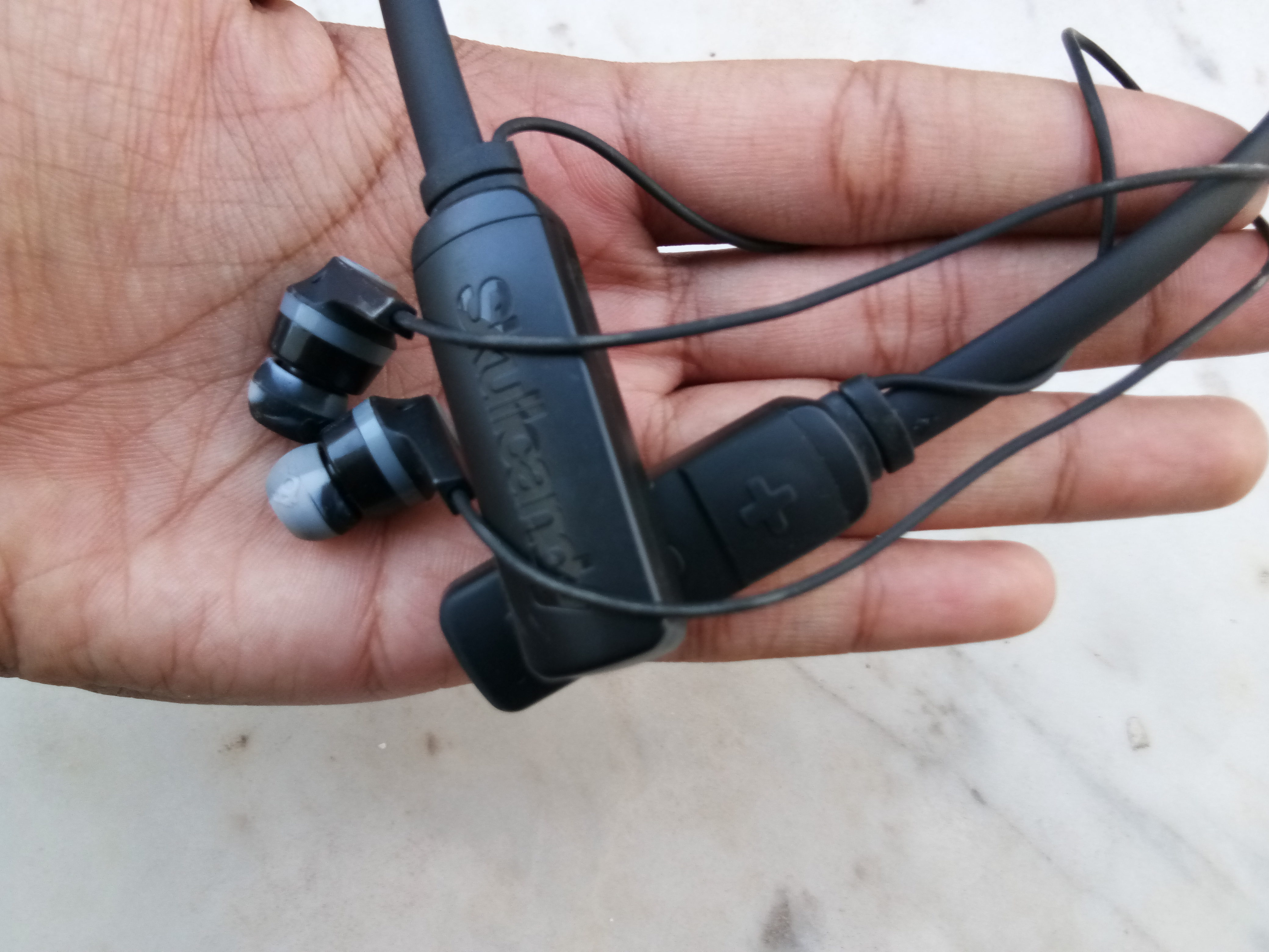 how to tell skullcandy inkd battrry life