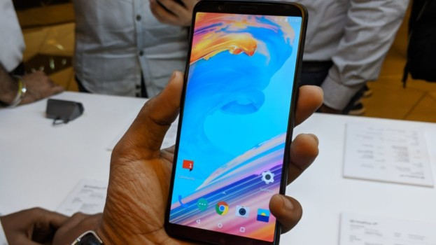 OnePlus 5T with 6.01-inch full-screen display, face unlock launched in India starting at Rs. 32,999