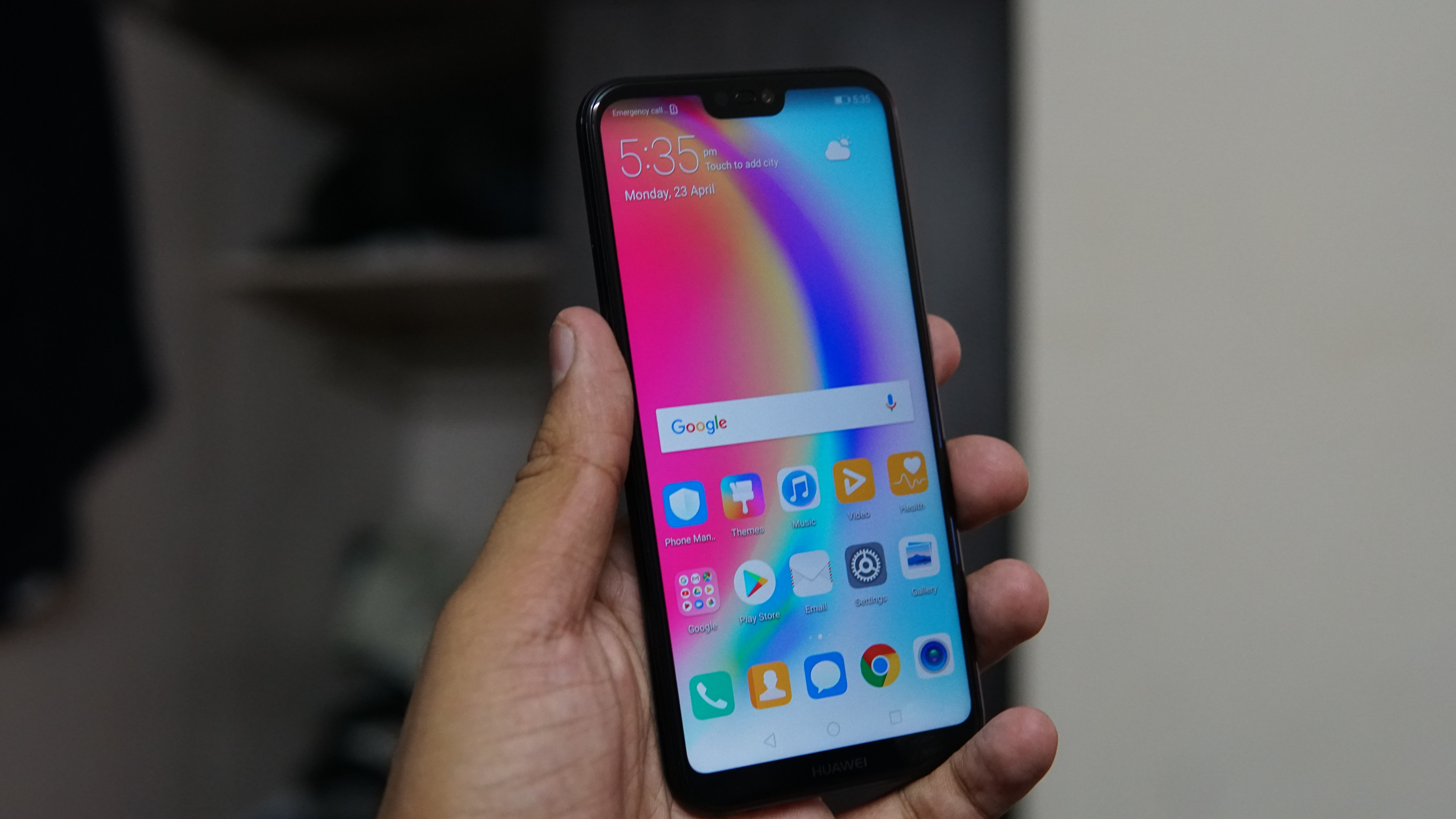 Huawei P20 Lite with 5 84-inch FHD+ 19:9 FullView display